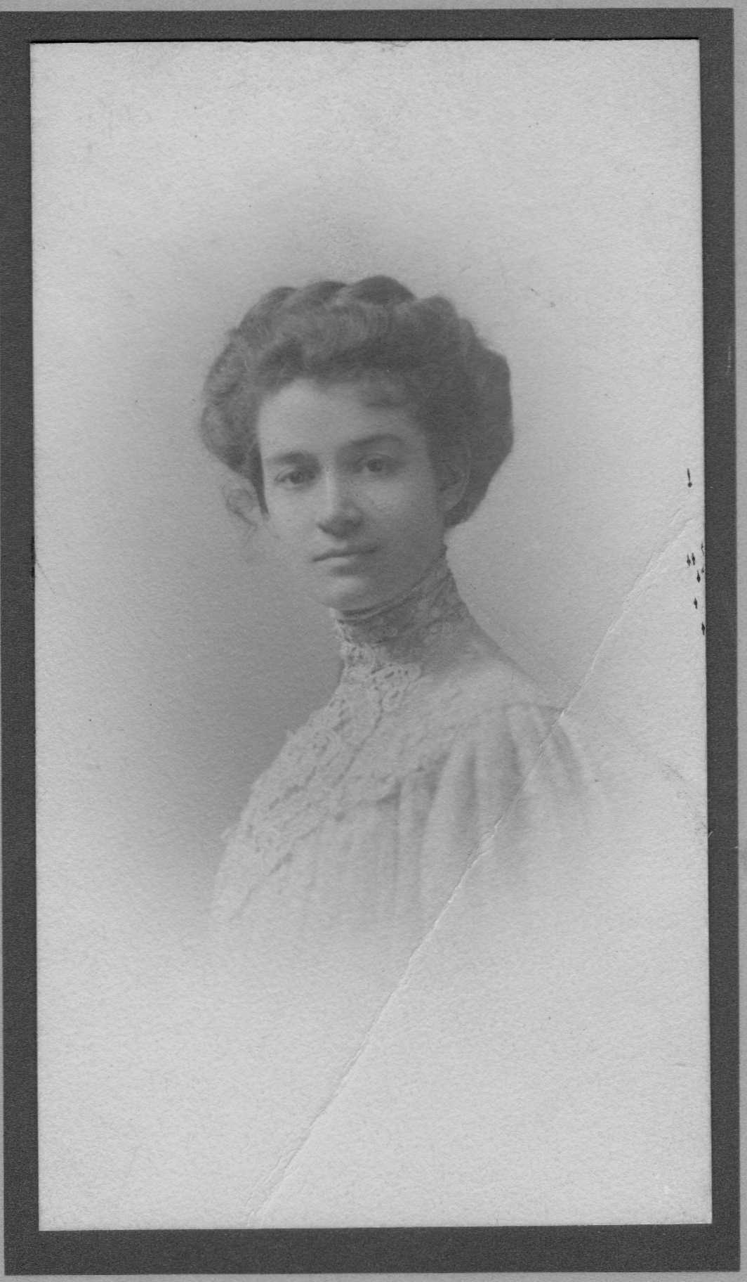 Mabel Hope Martinis 1909