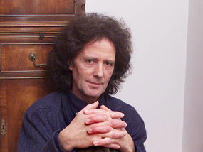 Gilbert O'Sullivan Who Sang Alone Again about loss and grief