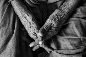 The hands of an old man