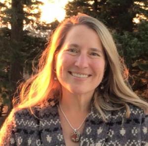 Holly Pruett, life cycle celebrant , a facilitator of ceremony and ritual