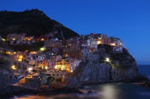Cinque Terre, Italy symbolizing the Mediterranean region where extra-virgin olive oil is a dietary staple