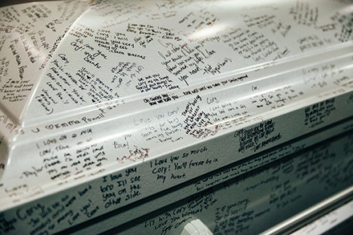 Our Monthly Tip Have Guests Decorate The Coffin With Personal Messages Sevenponds Blogsevenponds Blog